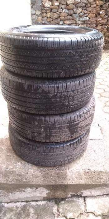 4 <strong>llantas</strong> Michelin Casi Nuevas Rin 18 Bp