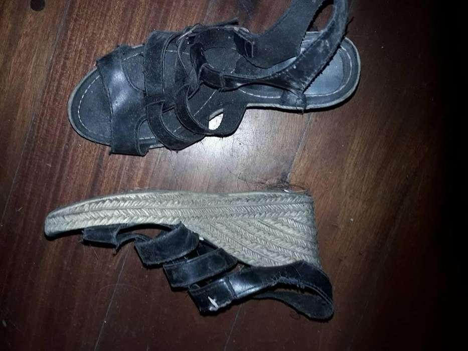 TALLE 35 USADOS como se ve en la foto, para restaurar -limpiar la suela) 250