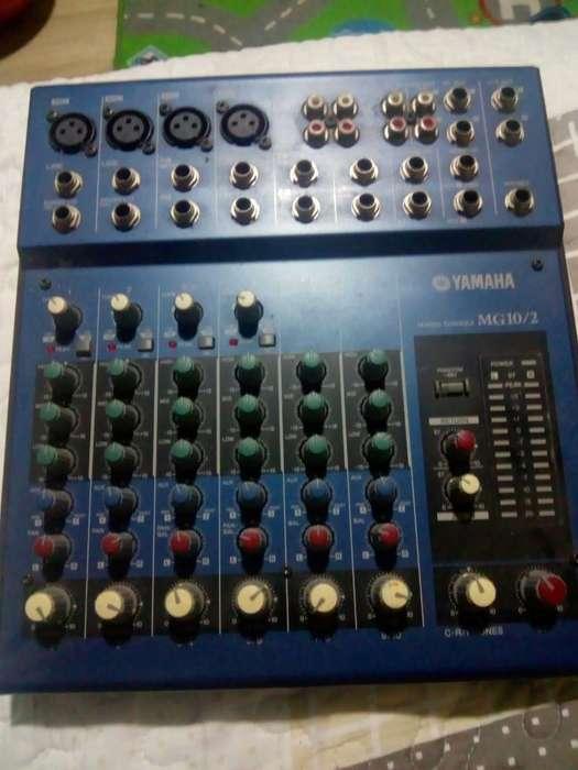Vendo Mixer Yamaha