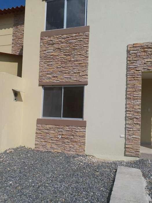 Venta de Casa en Vía La Costa km 19 de Estreno en Costalmar 2