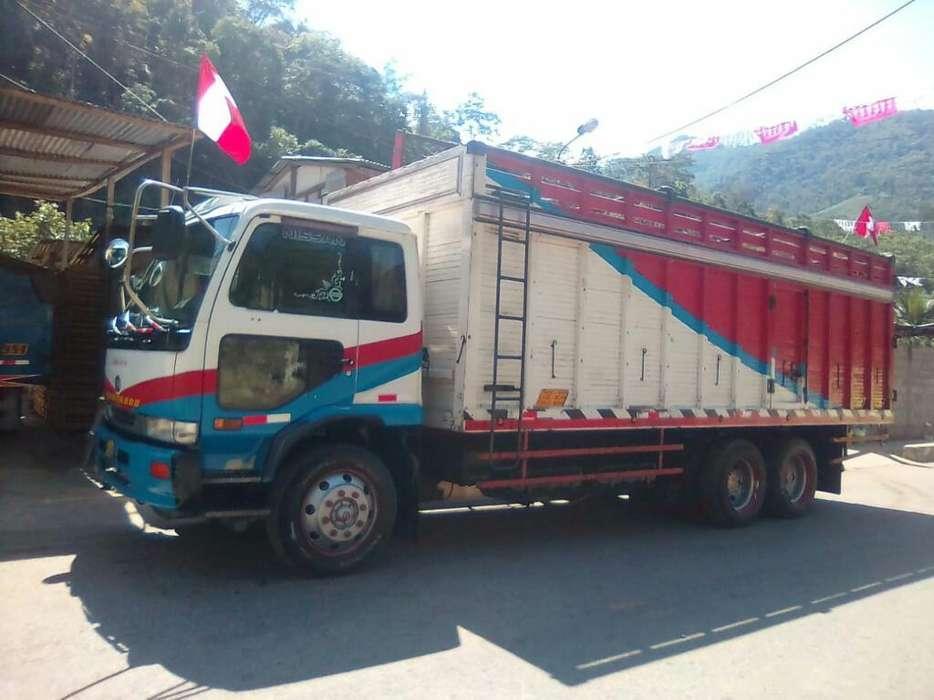 Nissan Otro 1997 - 290000 km