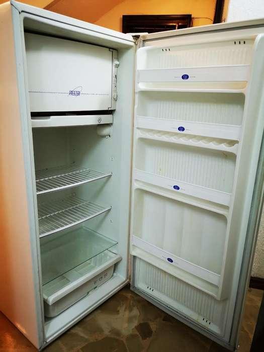 Refrigeradora 12 Pies