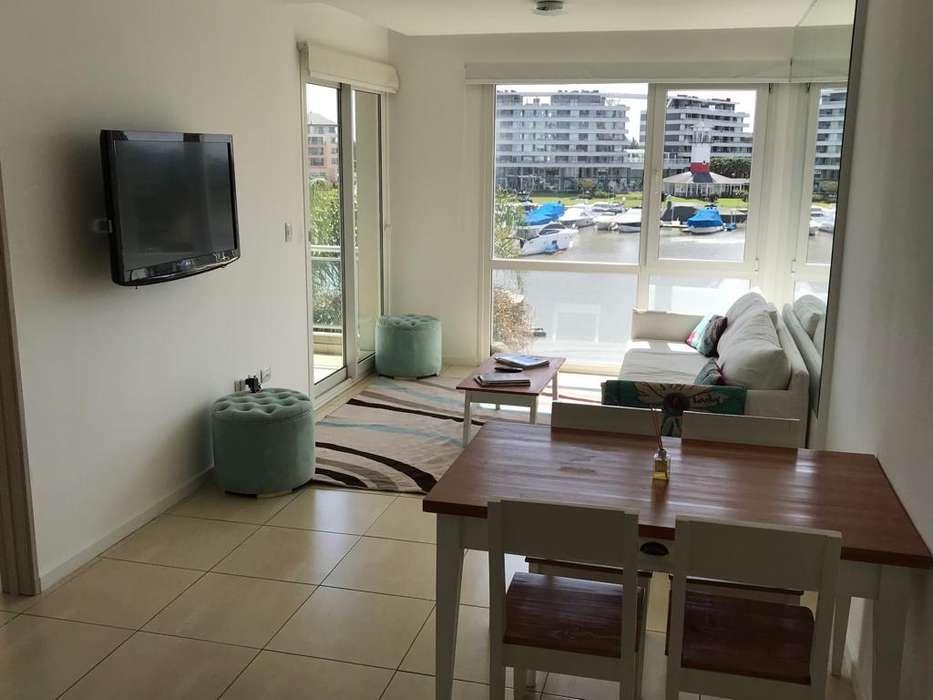 Excelente 2 Ambientes a la Bahía! Alquiler Temporal, Anual Venta!