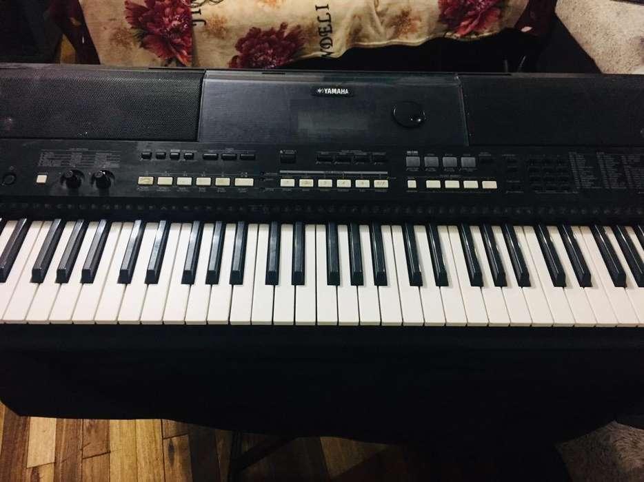 Piano Psr-E433