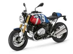 Exhosto akrapovic BMW R nine T 1200 Moto Cafe Racer