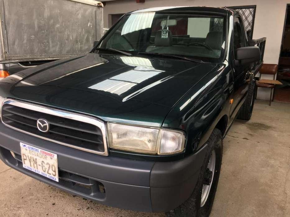 Mazda B-2600 2002 - 270000 km