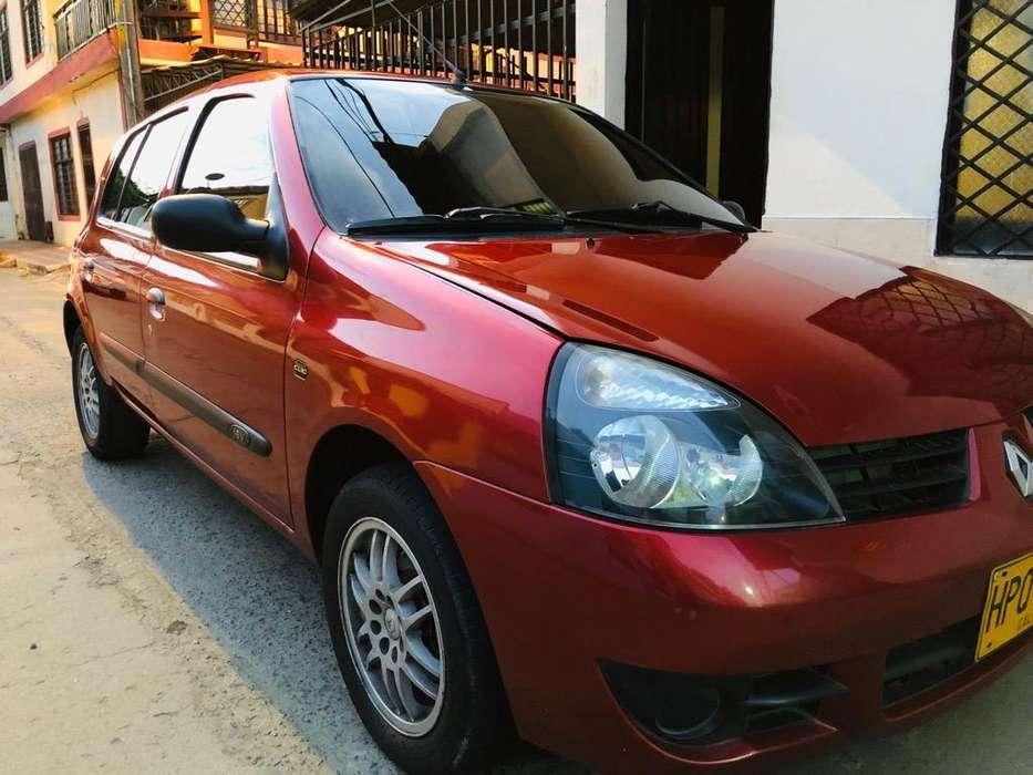 Renault Clio  2014 - 79000 km