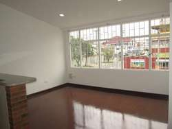 Oportunidad Casa Remodelada en las Americas
