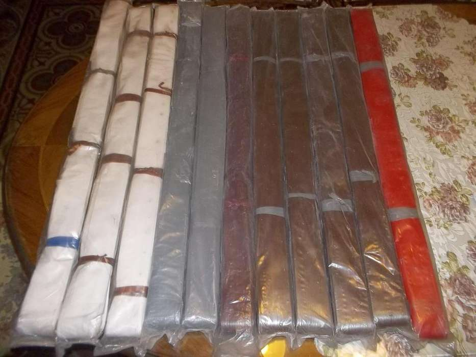 Cortinas de Tiritas plasticas en barrales de aluminio cada uno a 70