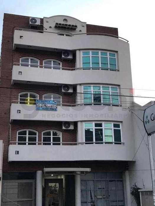 Departamento de 3 ambientes en Quilmes centro - Apto crédito!!