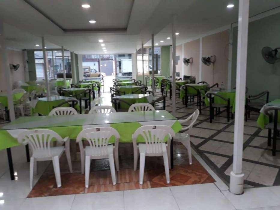 Se vende hermoso y amplio restaurante.