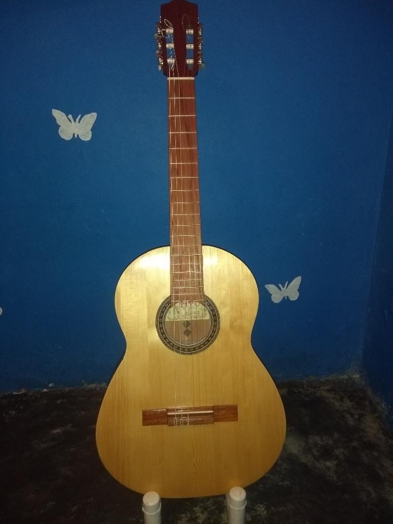 Guitarra Artesanal Marca Tito