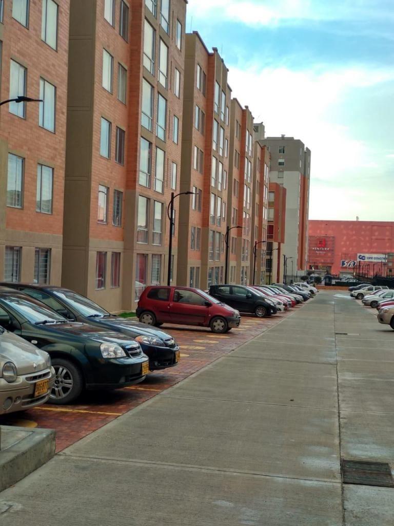 Venta Hermoso Apartamento A Estrenar Con Acabados Al Respaldo Del Centro Comercial Ventura Terreros en San Mateo, Soacha