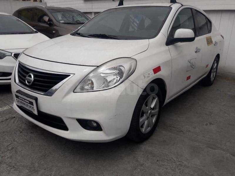 Nissan Versa 2013 - 69000 km