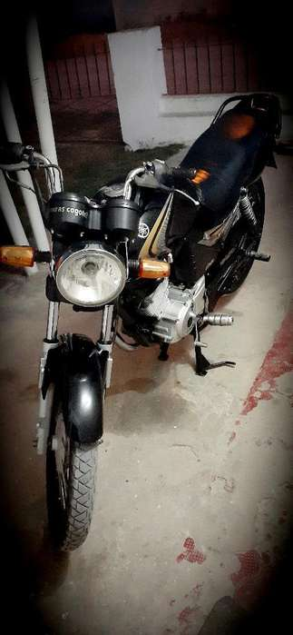 Vendo O Permuto Yamaha Ybr