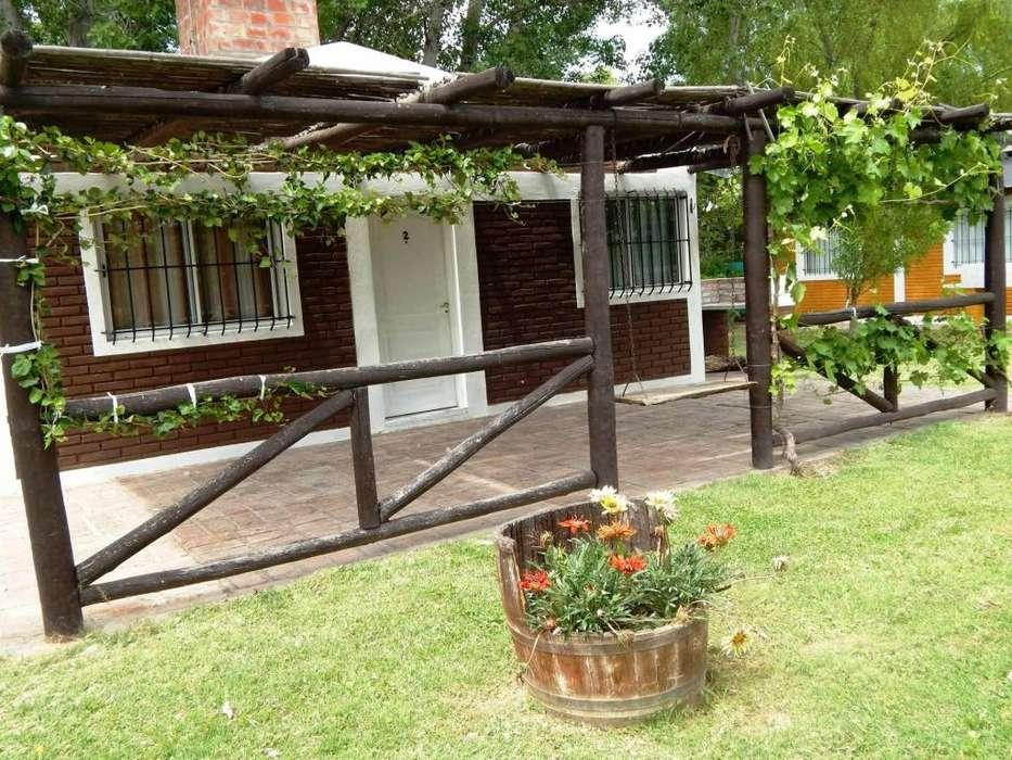 md80 - Cabaña para 2 a 6 personas con pileta y cochera en San Rafael