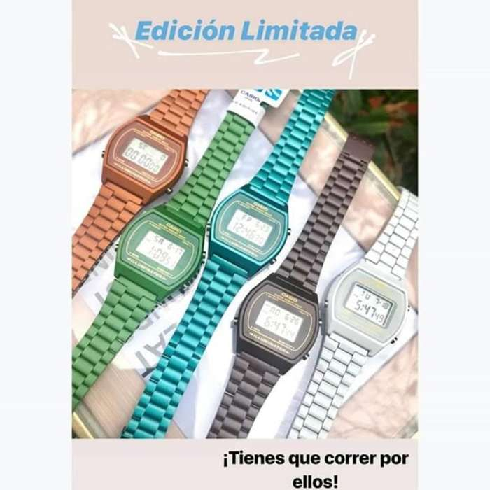 Reloj Casio Retro de Colores Sumergibles