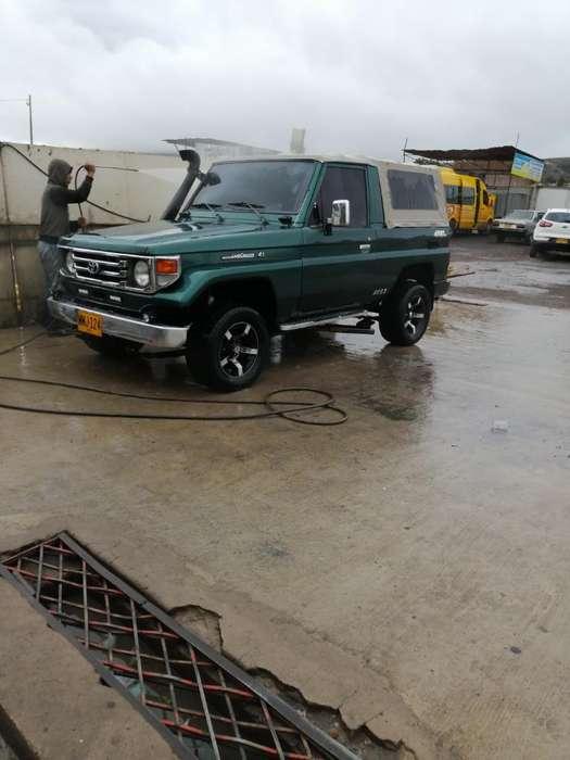 Toyota Land Cruiser 1998 - 150000 km