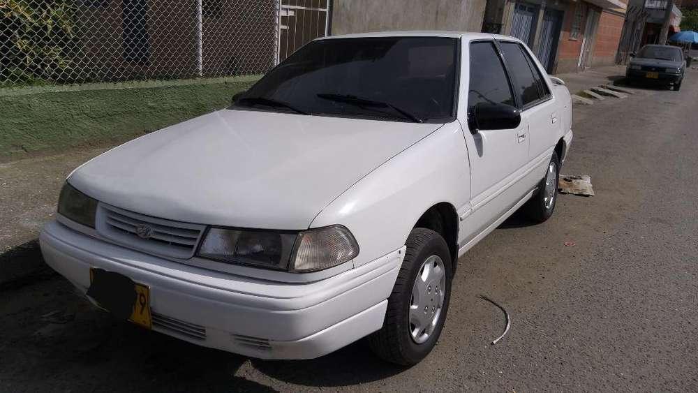 Hyundai Excel 1993 - 140000 km