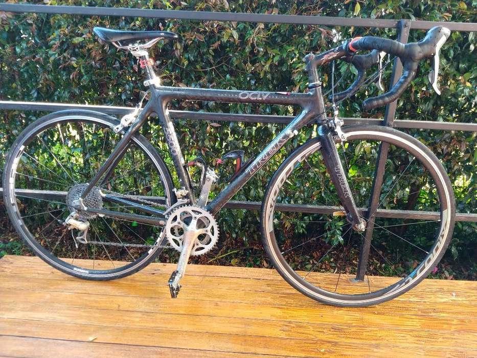 Bicicleta de Ruta Trek en Carbono Ganga