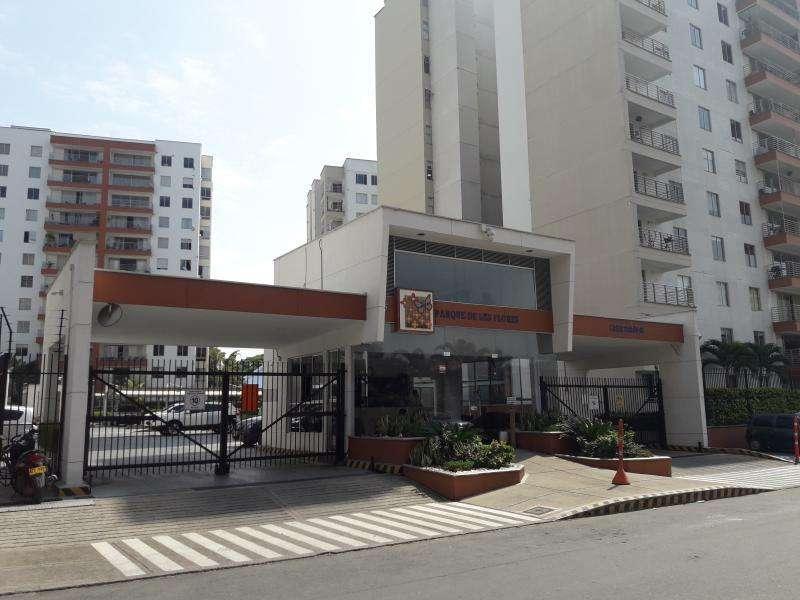 Apartamento En Arriendo/venta En Cali Urbanización La Flora Cod. VBCMP975
