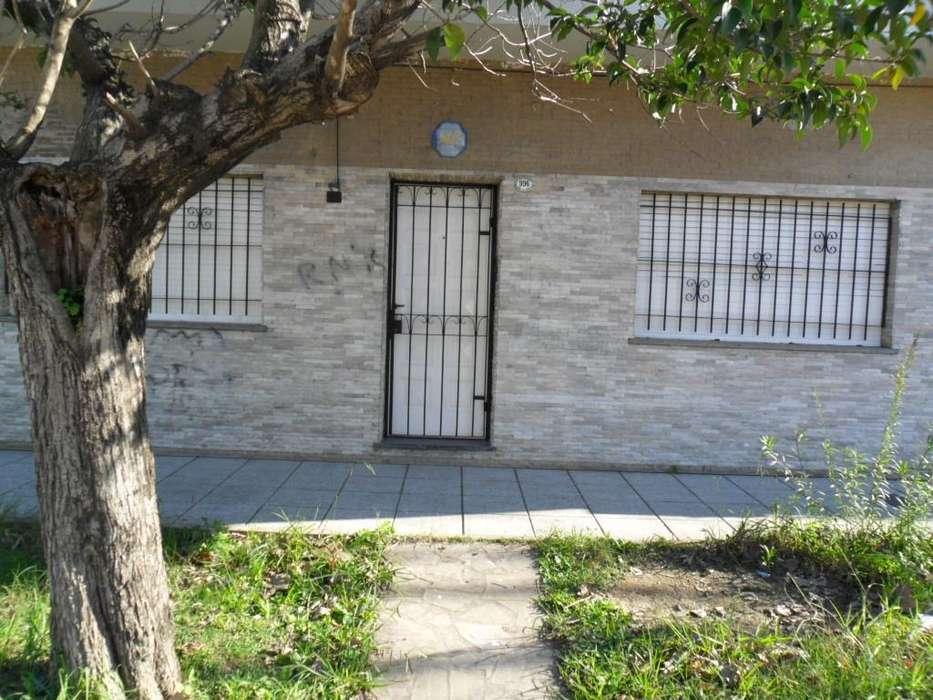 Casa en Alquiler en Wilde, Avellaneda 14000