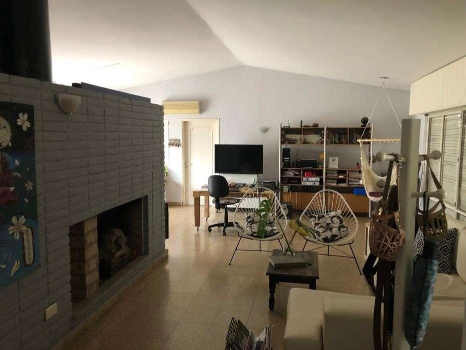 Casa en venta, Rogelio Martinez, Felix Olmedo 400