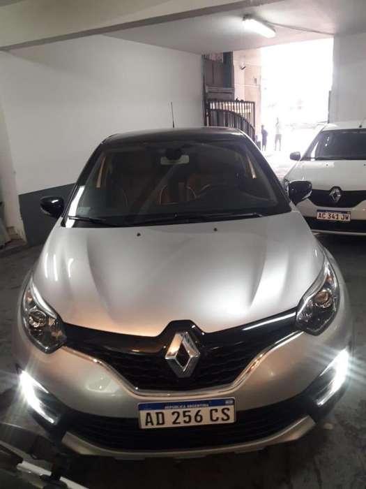 Renault Captur 2018 - 10000 km