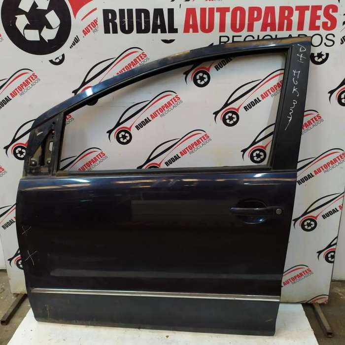 Puerta Delantera Izquierda Volkswagen Suran 9500 Oblea:02744293