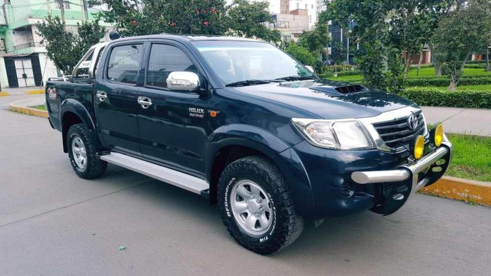Toyota Hilux 2015 - 82000 km