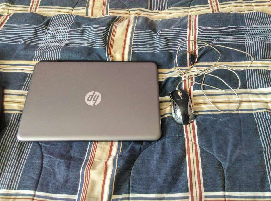 Laptop Hp Core I3 Window 10 Y Mouse