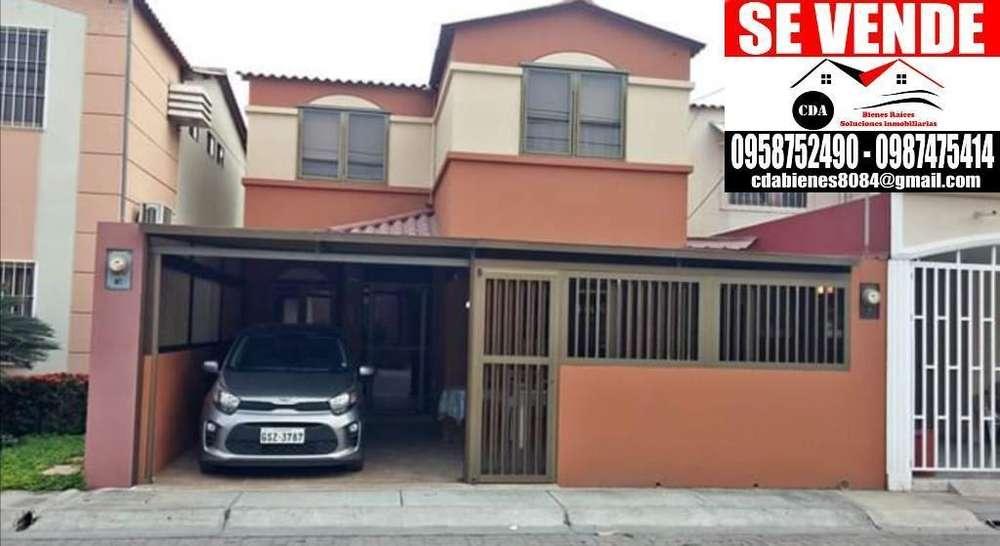 Venta de Casa en La Joya Etapa Rubi, Guayaquil