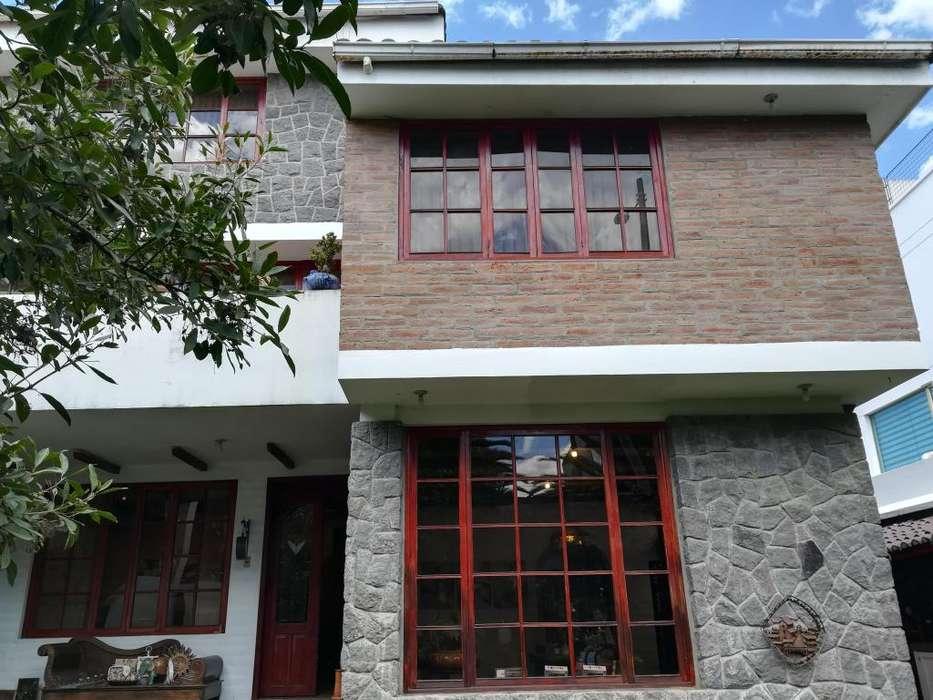 Casa de Venta 450 m² Sector El Condado