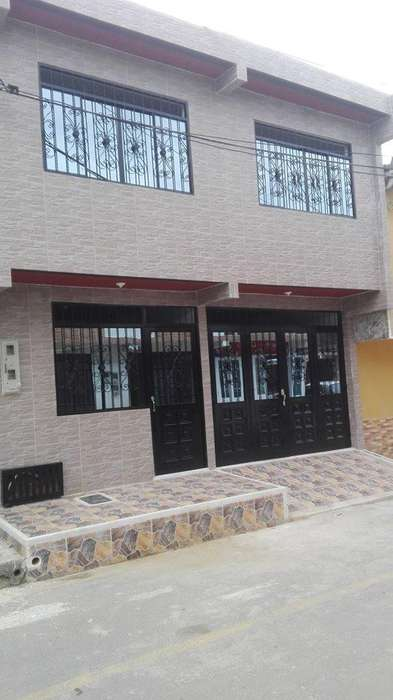 Casa NUEVA ESQUINERA RENTABLE 2 Pisos 3 Aptos Independientes