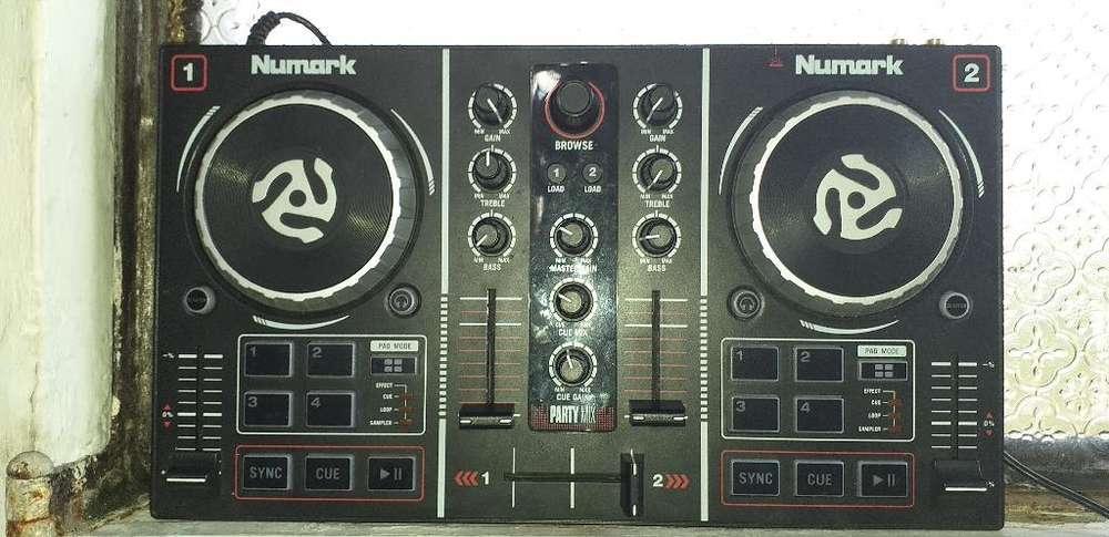 Consola Dj Party Mix Numark