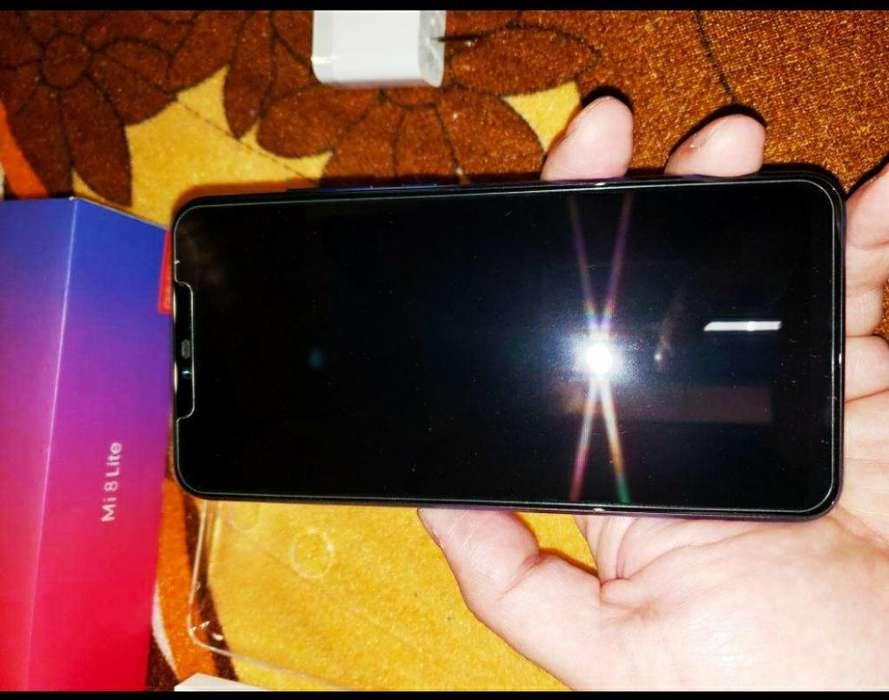 Vendo Xiaomi Mi A8 Lite de 64gb Y 4gb de