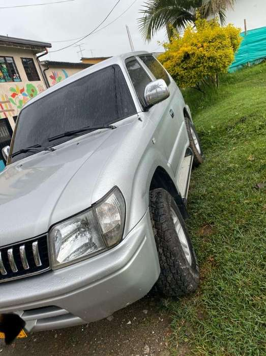 Toyota Prado 2006 - 0 km