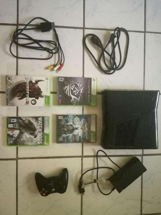 Xbox 360 Y 35 Juegos Regalo