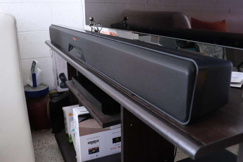 Barra de Sonido Klipsch 2.1 RSB-11 - Sonido Premium