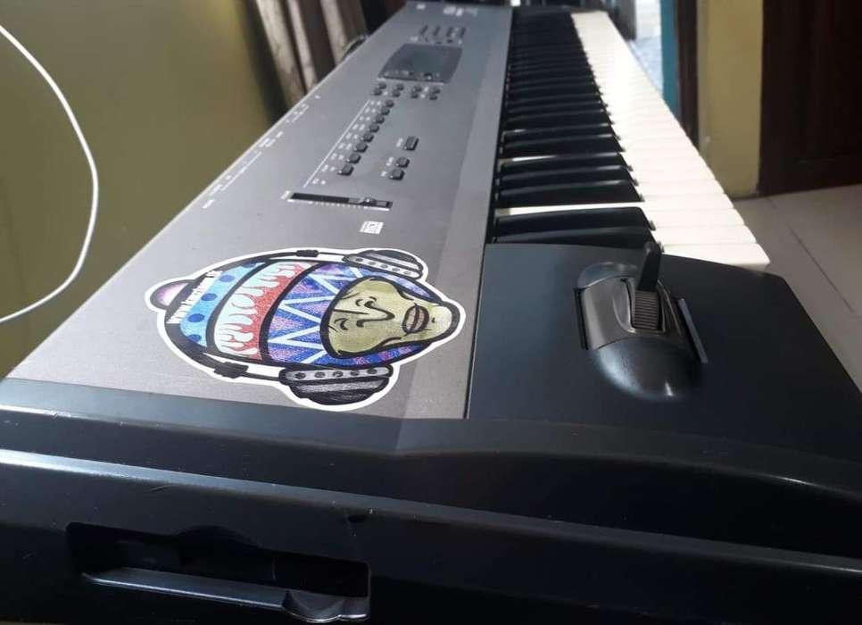 Teclado Sintetizador Korg N 364