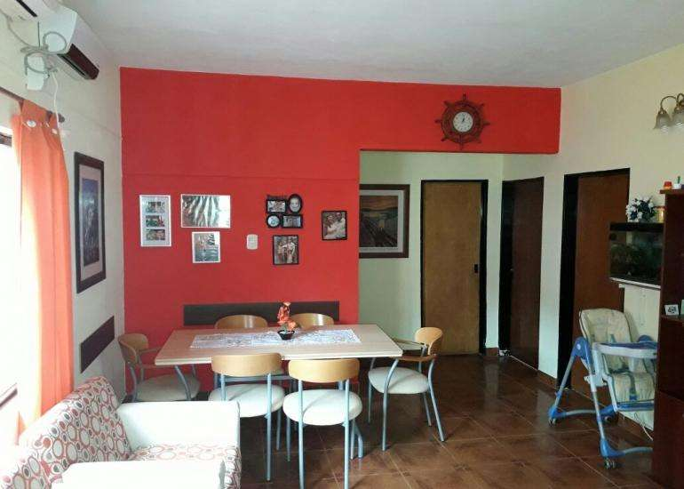 Vendo casa 3 dormitorios zona Alte Brown y Rondeau