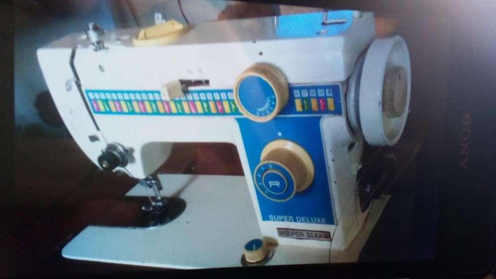Mquina de coser Super Silka