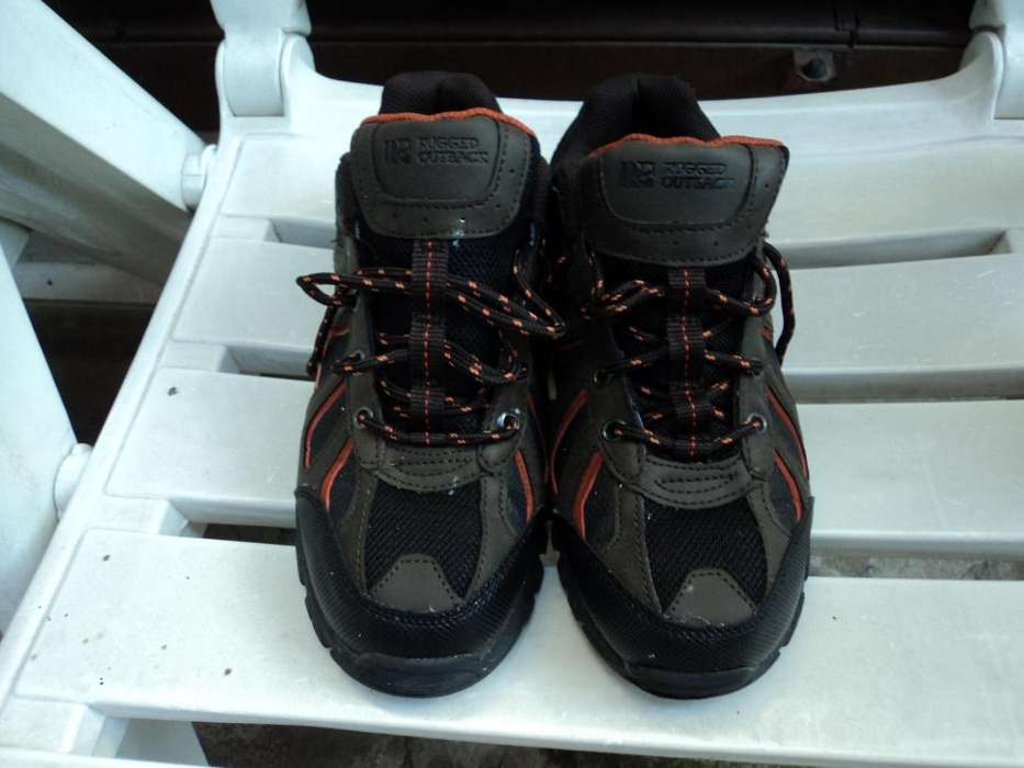 Zapatillas Trekking Rugged Outback T38/39 IMPECABLES