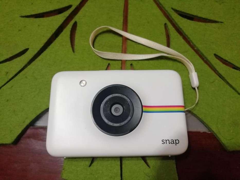 Cámara Polaroid Snap