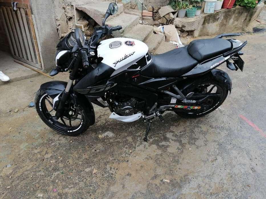 Moto Ns 200 Blanca