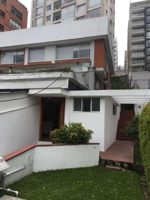 Casa en Venta Sector Gonzalez Suarez/ La Colina
