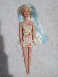 Muñeca simil barbie