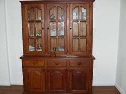 Mueble modular de algarrobo lustrado - Excelente estado - BELGRANO (C.F.)