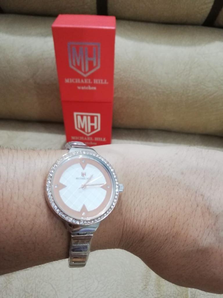 Se Vende Hermoso Reloj para Dama