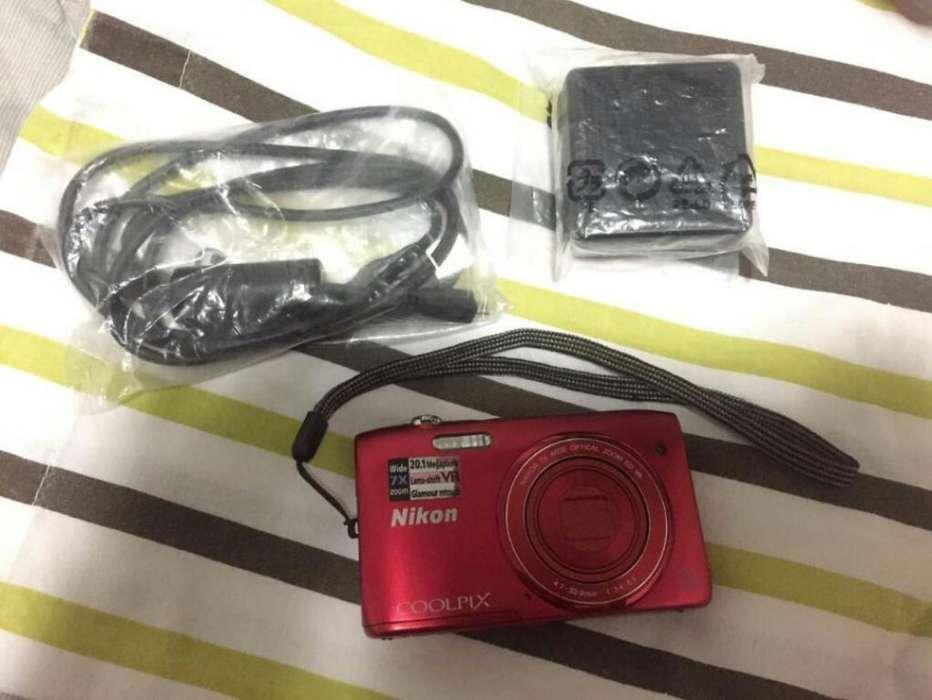 Camara Nikon Coolpix S3500